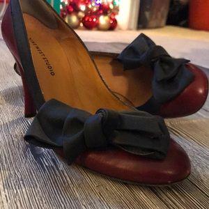 Exclusive red leather heels Sz 8